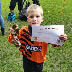 Roach under 7 s orange against Radcliffe borough 3-2 to Roach