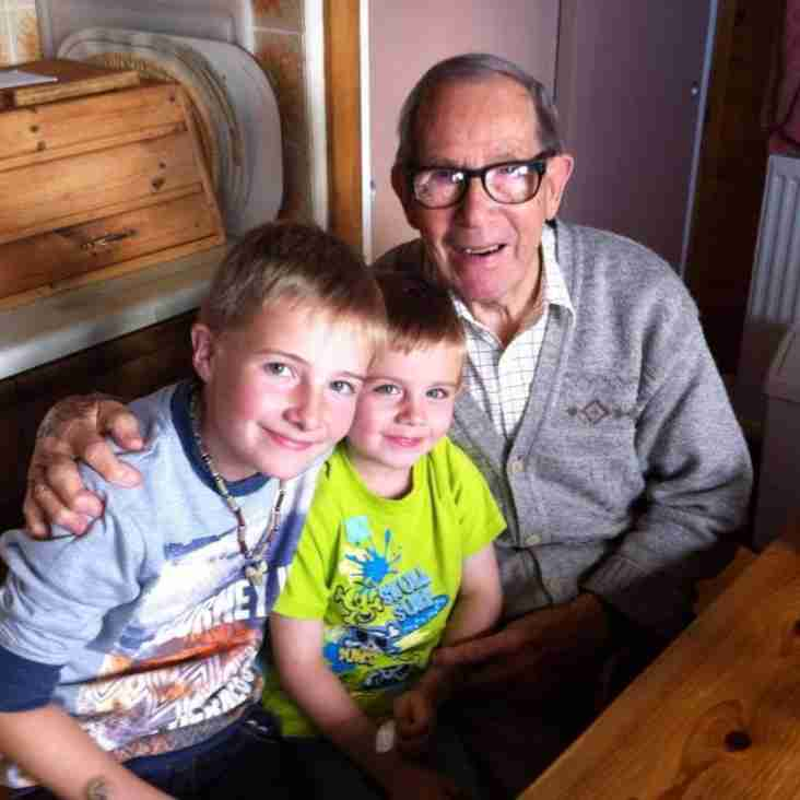 Glens Legend Bill Philp Passes Aged 94