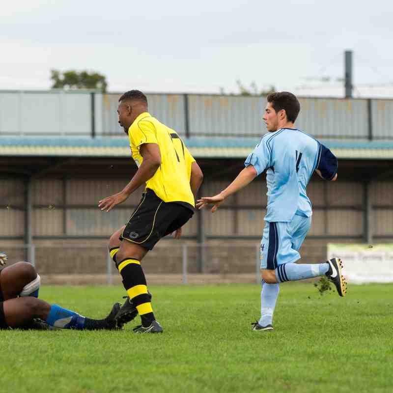 Croydon v Sutton Common Rovers