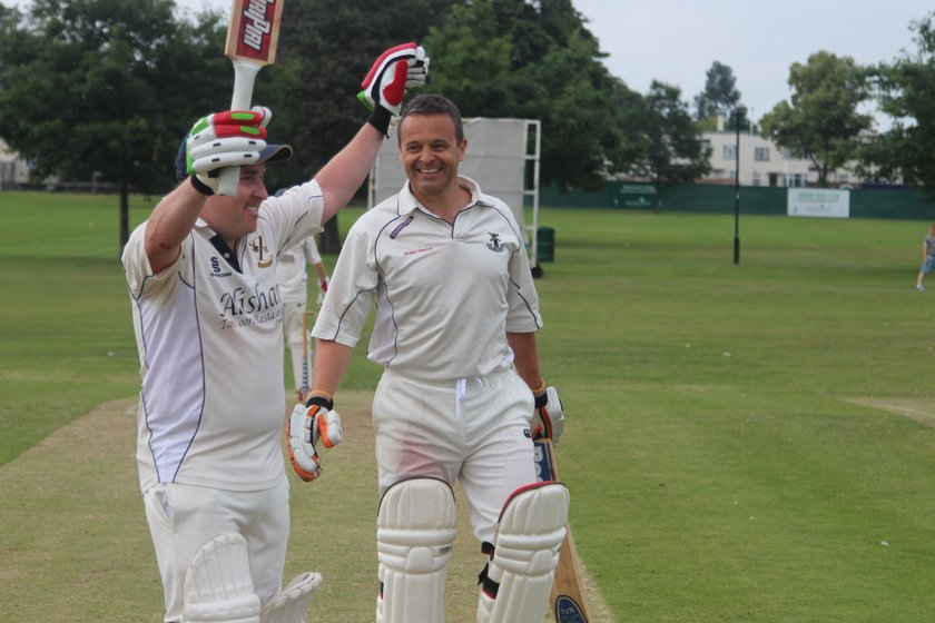 O'Brien and Hogg Lead Team To Victory