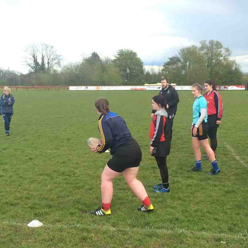 Marcus Horan training session with Shannon Girls Rugby
