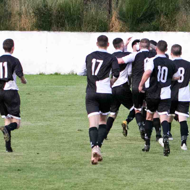 13/08/19 v Stoneywood/Parkvale (League) Won 3-0