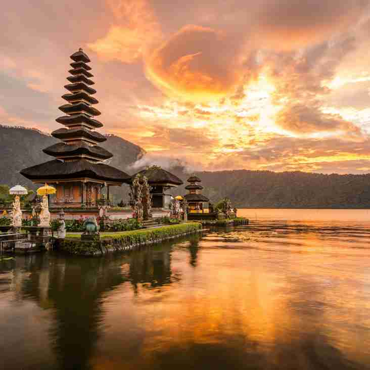 Travelbag offer of the week - Relax in Bali on 10 night break – save £420 per couple