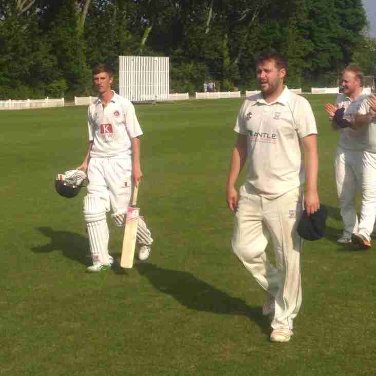 Sunbury defeat East Molesey in anniversary feature match