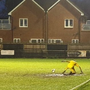 Molesey 1 Camberley 0