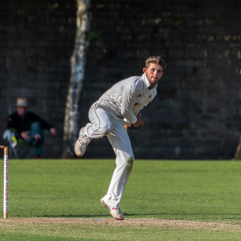 SA Pieters re-signs for Garstang