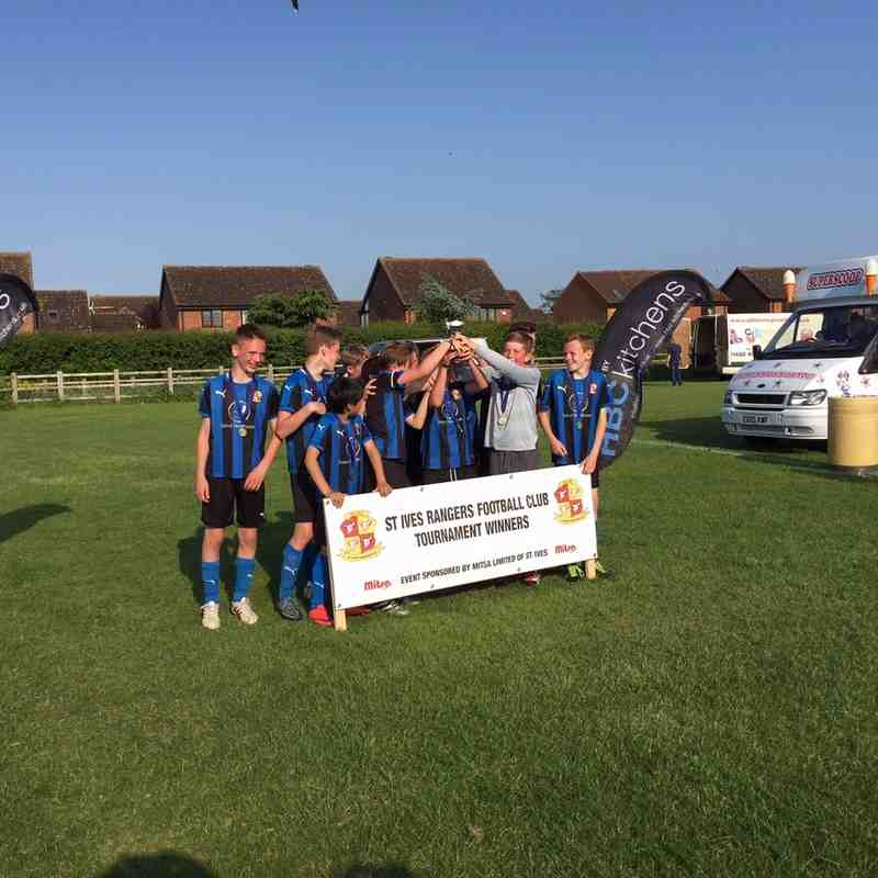 St Ives Rangers U12 beat Warboys, during a long day, in a 9v9 tournament