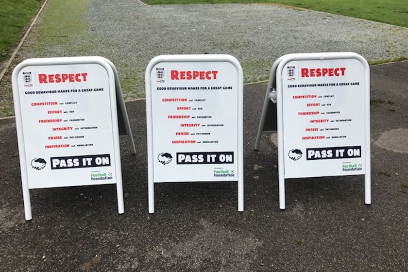 OAKWORTH JUNIORS SUPPORTING THE RESPECT CAMPAIGN