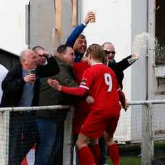 OYSTERMEN WIN BOTTOM OF THE TABLE CLASH