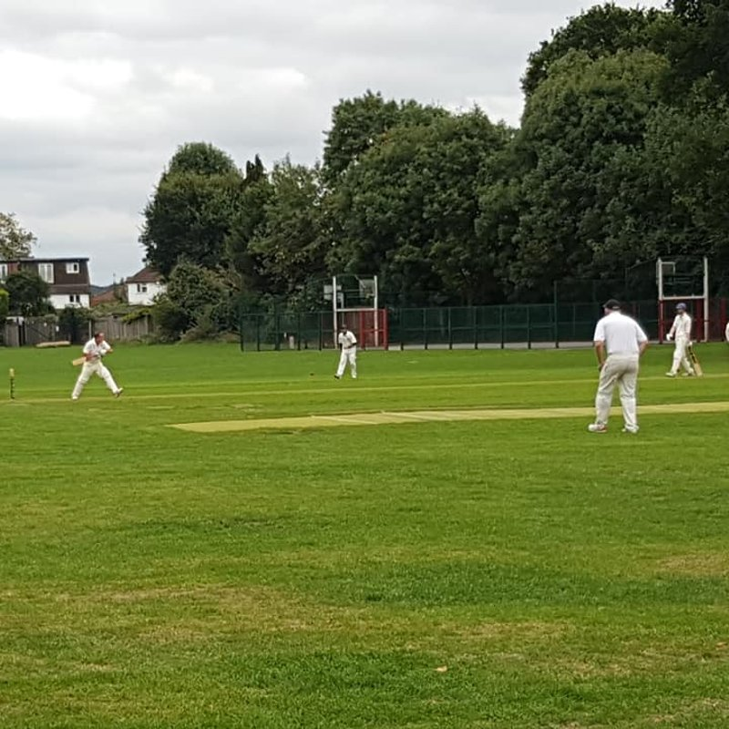 1st XI continue charge