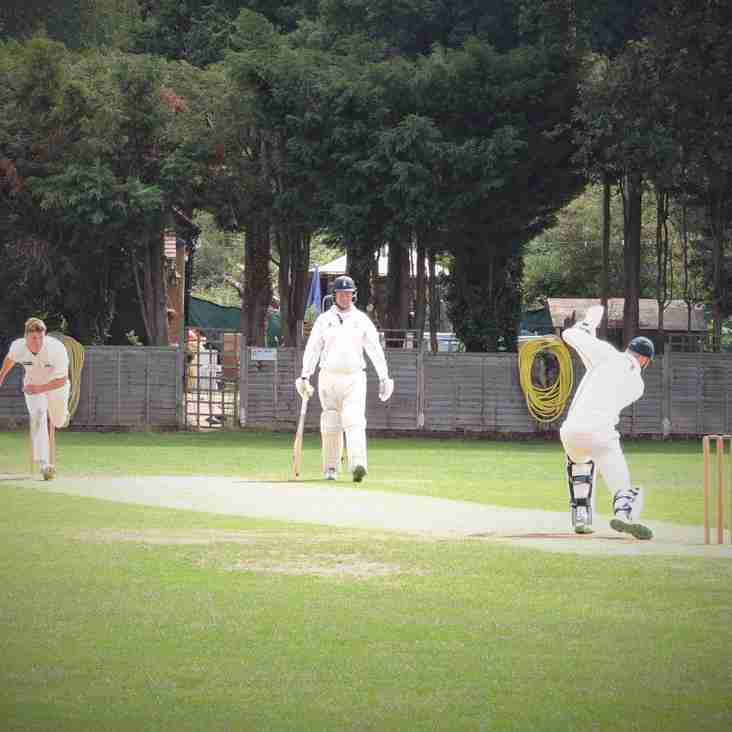 Claygate 1st XI on the winning trail again