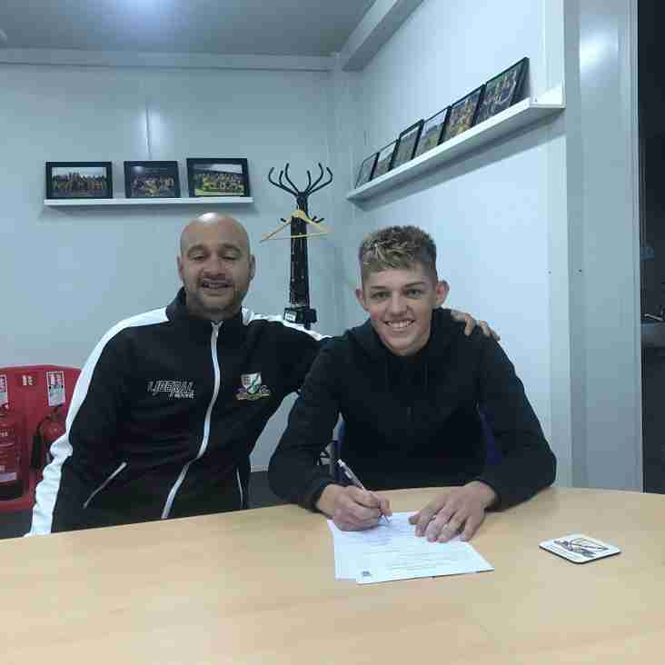 Basford Utd delight as Zak Goodson signs a 2 year Contract
