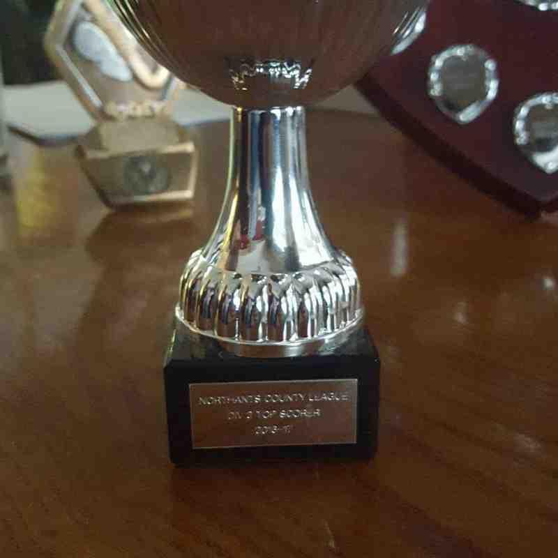 L3 trophies