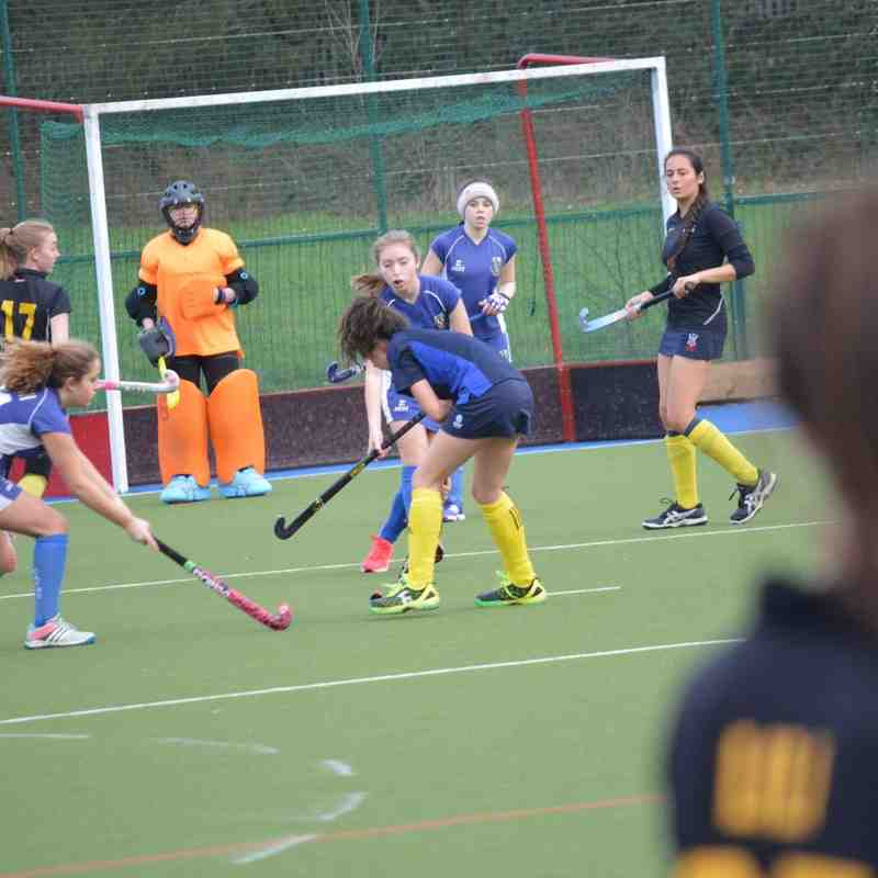 20160124 Hockey Girls U16 vs Camberley