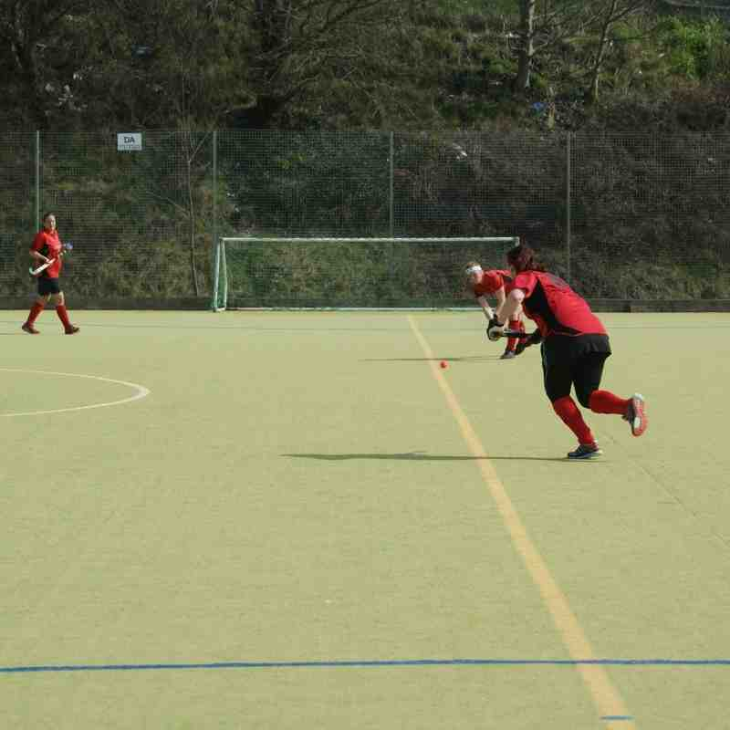 Plate Semi-Final 2nd April - Southwick Ladies 1's v Chi Priory Park,4-4 full time. Southwick won 3-1on pens