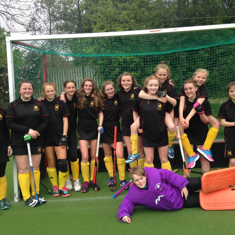 Under 14 Girls Do Themselves and The Club Proud at the End Of Season Playoffs
