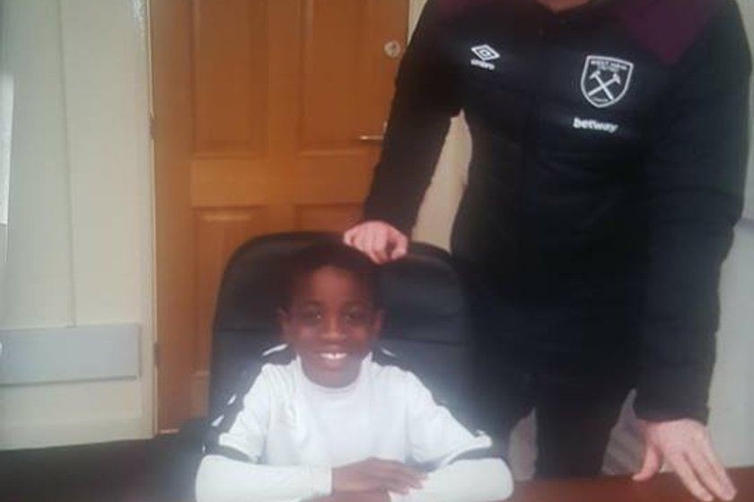 Bowers & Pitsea YFC players signs for West Ham United