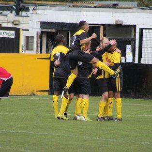 Hucknall Town 4  Bulwell FC 1