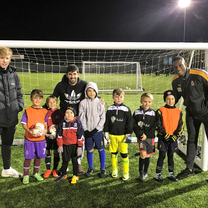 CAMBRIDGE UNITED FIRST TEAM PLAYERS DROP IN