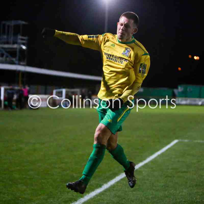 25/11/17 - Thurrock 4-2 Burgess Hill Town