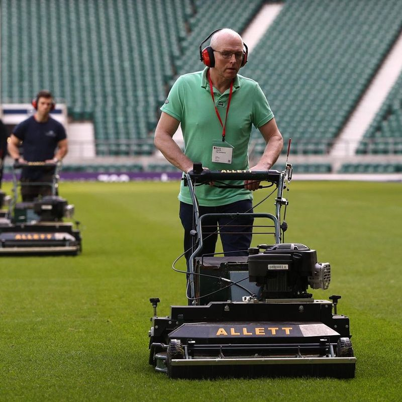 Head Groundsman Phil Fettles Twickers
