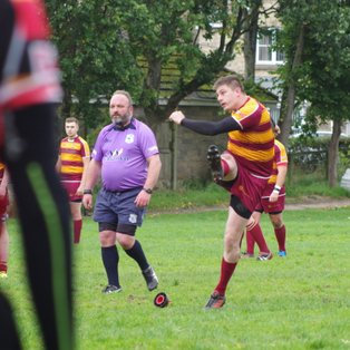 Clitheroe work hard for home win