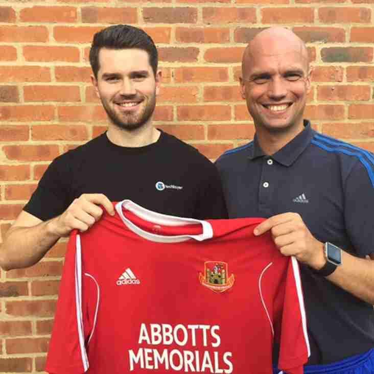 Greg Kidd signs for Knaresborough Town
