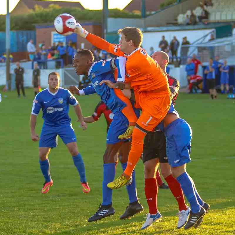 Frickley 1 Cleethorpes Town 2 - 15/08/17