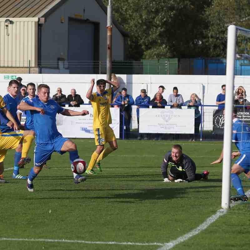 Glossop NE v Radcliffe FC (14/10/17)