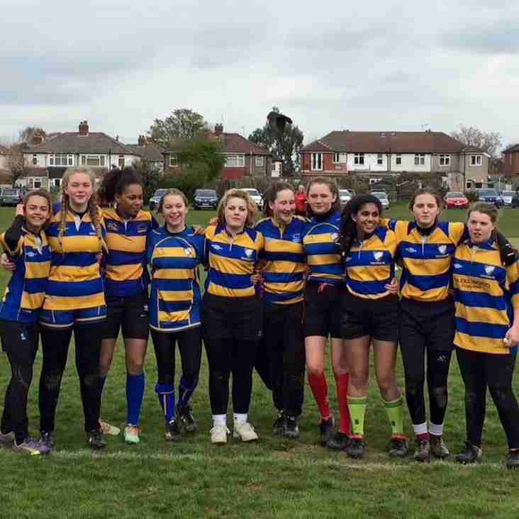 Chippettes do us proud at The Warlingham Sevens.