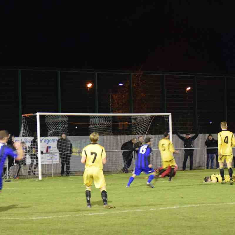 Clee Town v Bootle  FA Vase