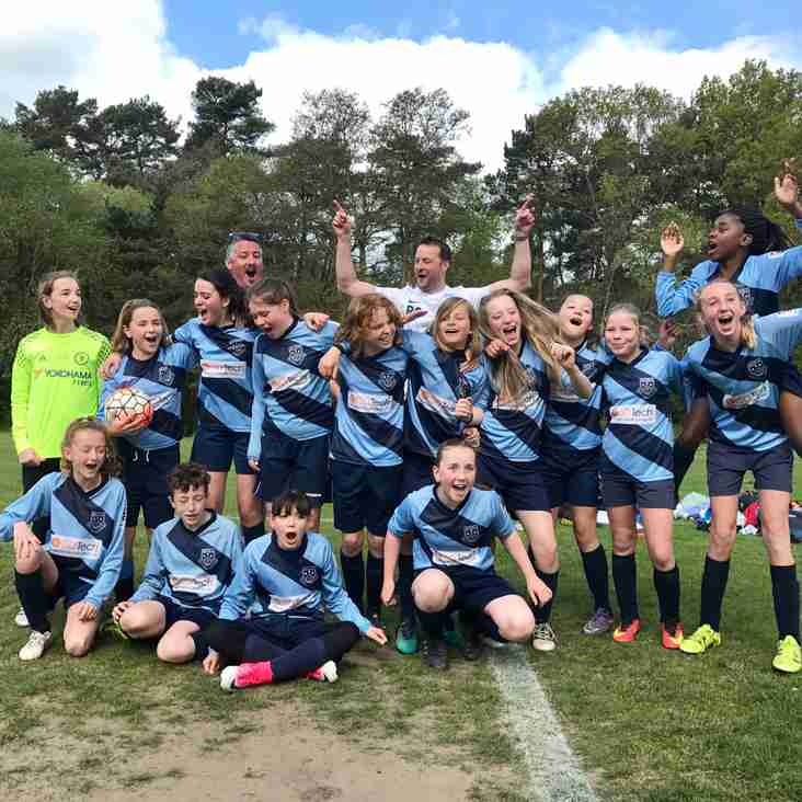 Fleet Town Girls U12's win 1st Division