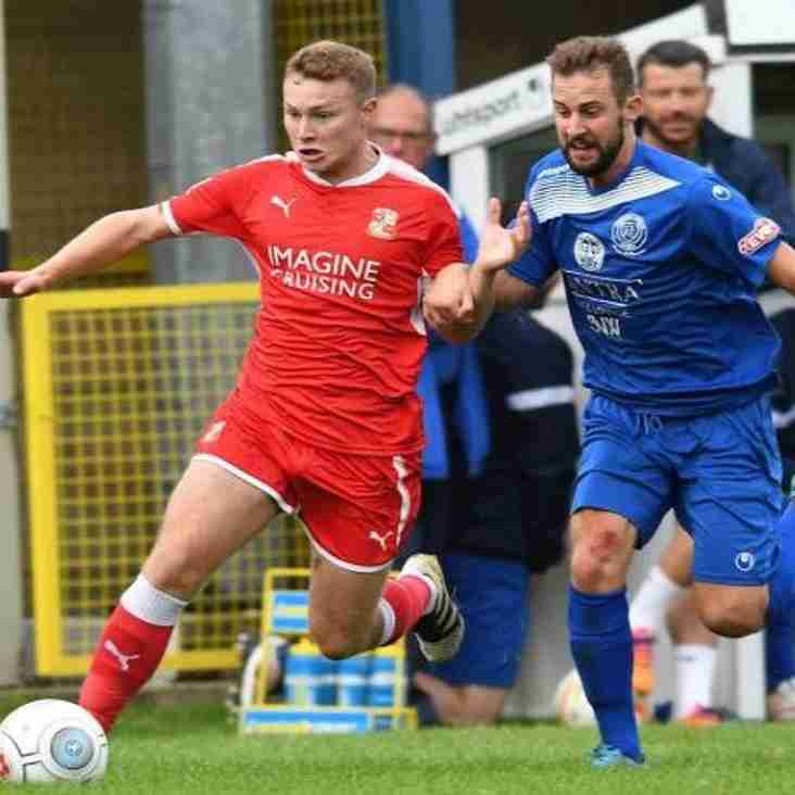 Farnborough Borrow Swindon Midfielder