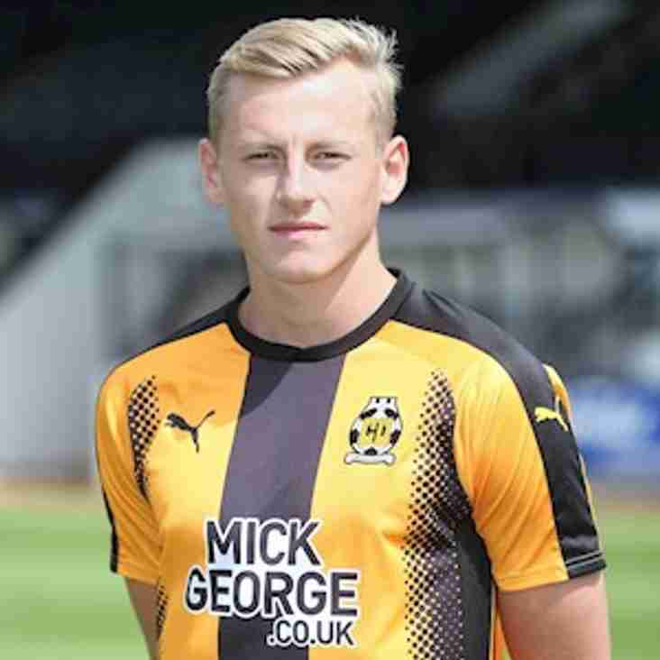 Cambridge United defender signs for Royston Town
