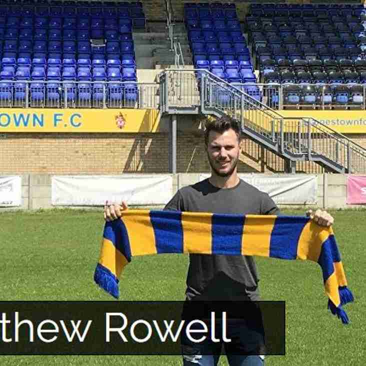 South African defender joins Staines