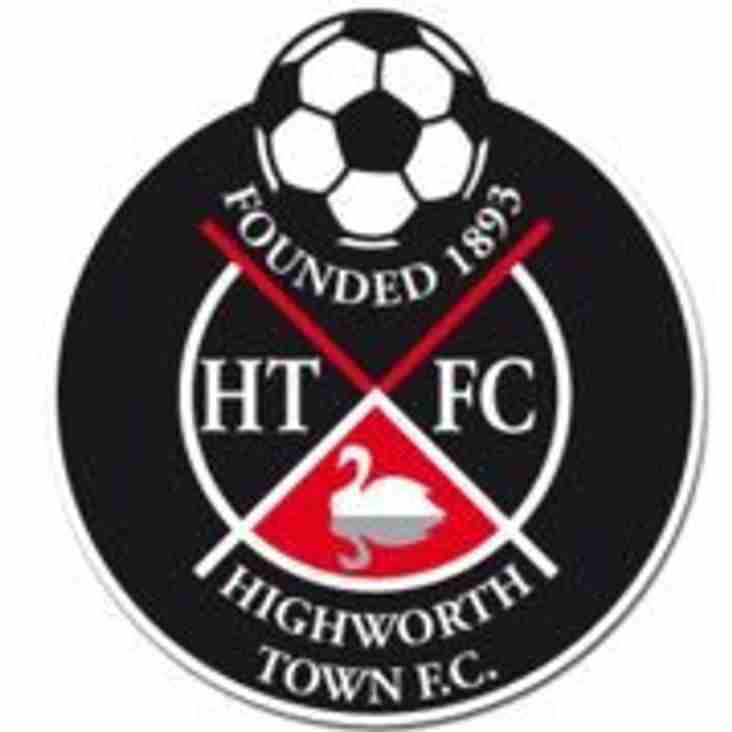 Highworth Town add new faces