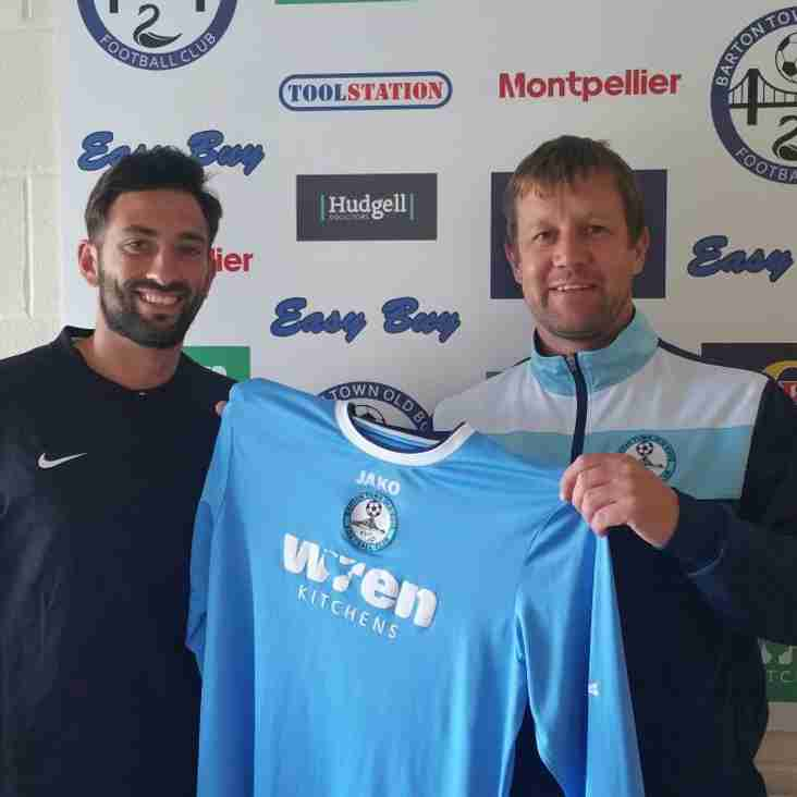 First Team | New Signing - Jason Crisp!