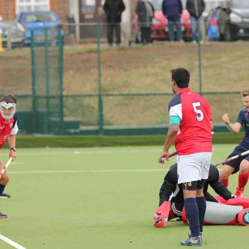 Men's 1st XI v Cambridge City - Sun 16 Oct 2016