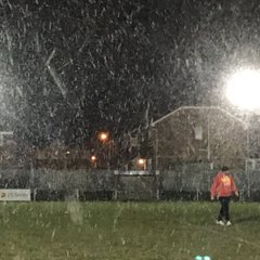 30-11-17 U9's training in this weather !