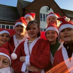 Aylesbury's Santa Dash 2017