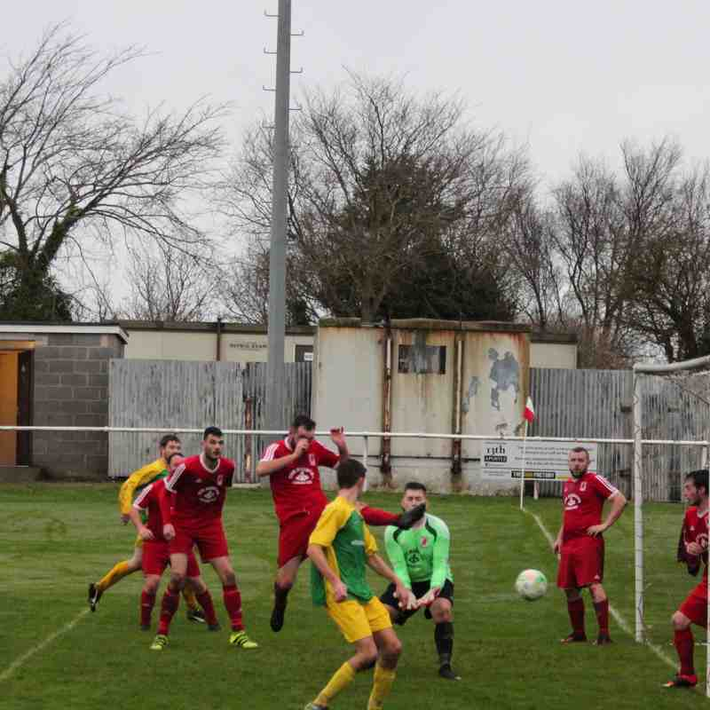 CPD Cemaes Bay FC v CPD Felinheli FC (10/12/16)