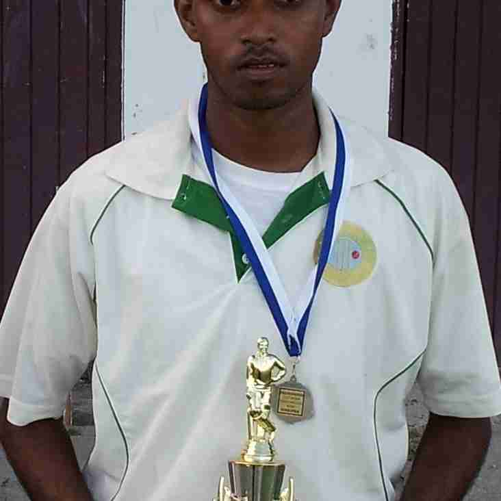 NOBLE HOUSE SEAFOODS 2ND DIV 2-DAYS MATCH REPORTS 25 & 26 APRIL 2015 -  KHEMRAJ RAMDEEN HITS BRILLIANT 161 FOR EVEREST CC