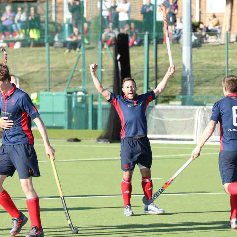 Men's 1s vs Canterbury - 20th October (Photo credit: Dave Baker)