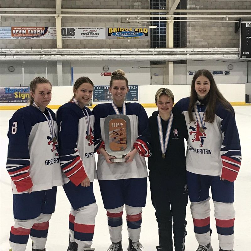 5 Bronze Medals coming back to Bracknell!