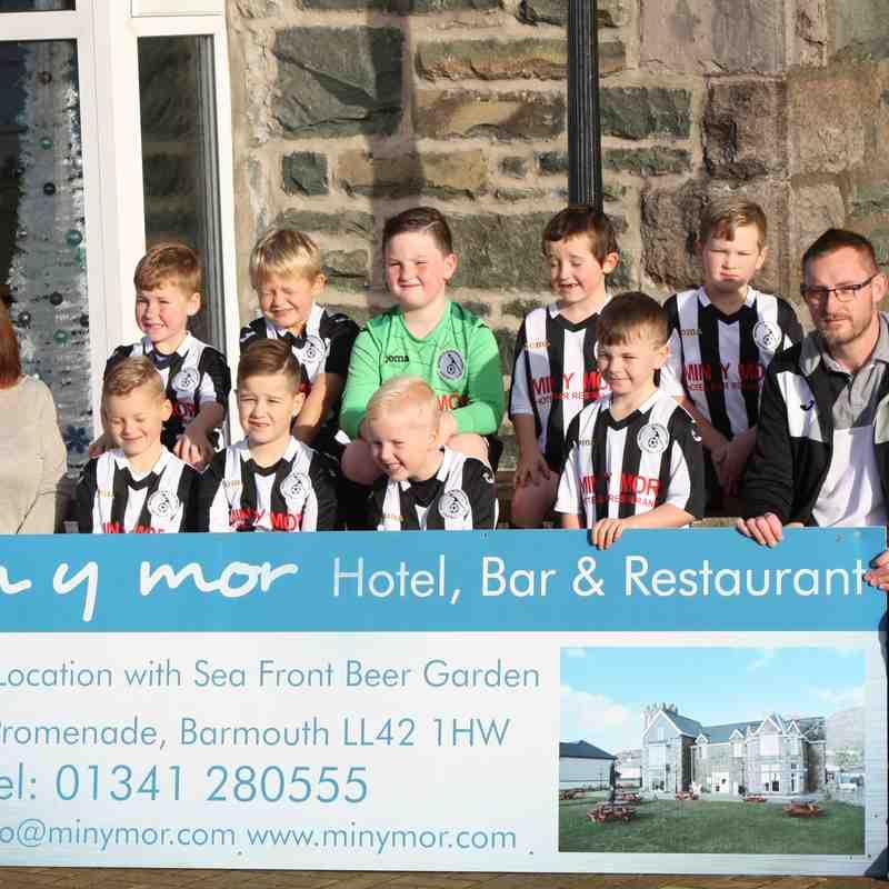 Under 8s visit the Min y Mor