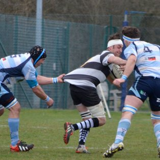Feisty Warlingham too strong for Farnham