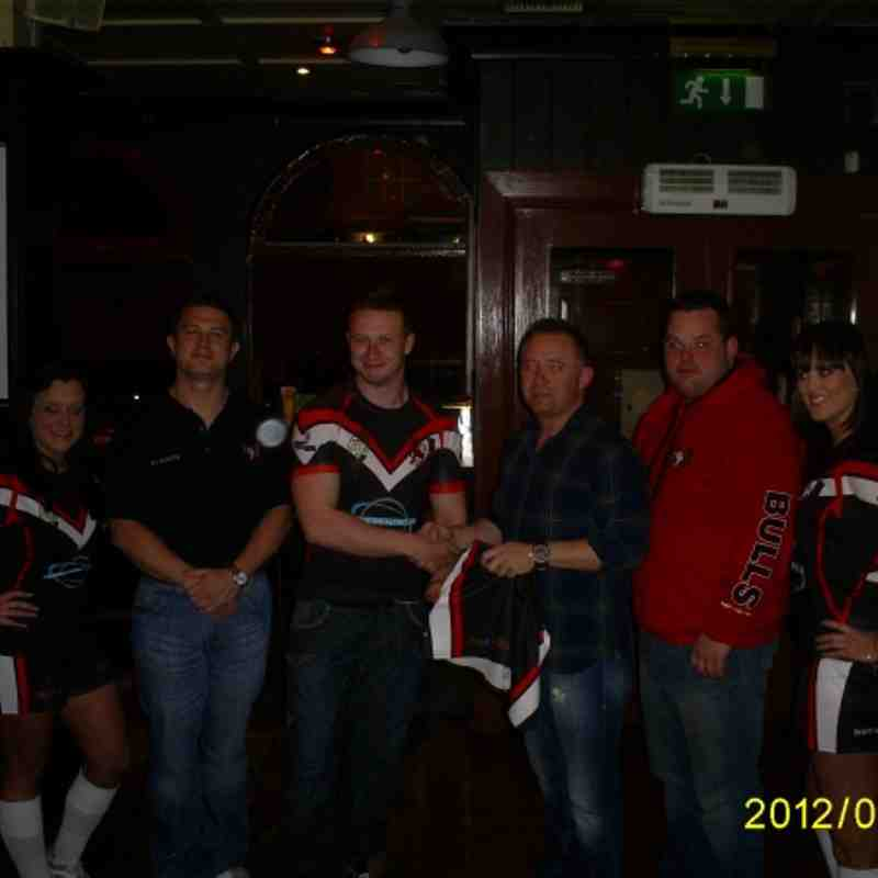 Kit Launch 2012. Readens Bar Washington Street