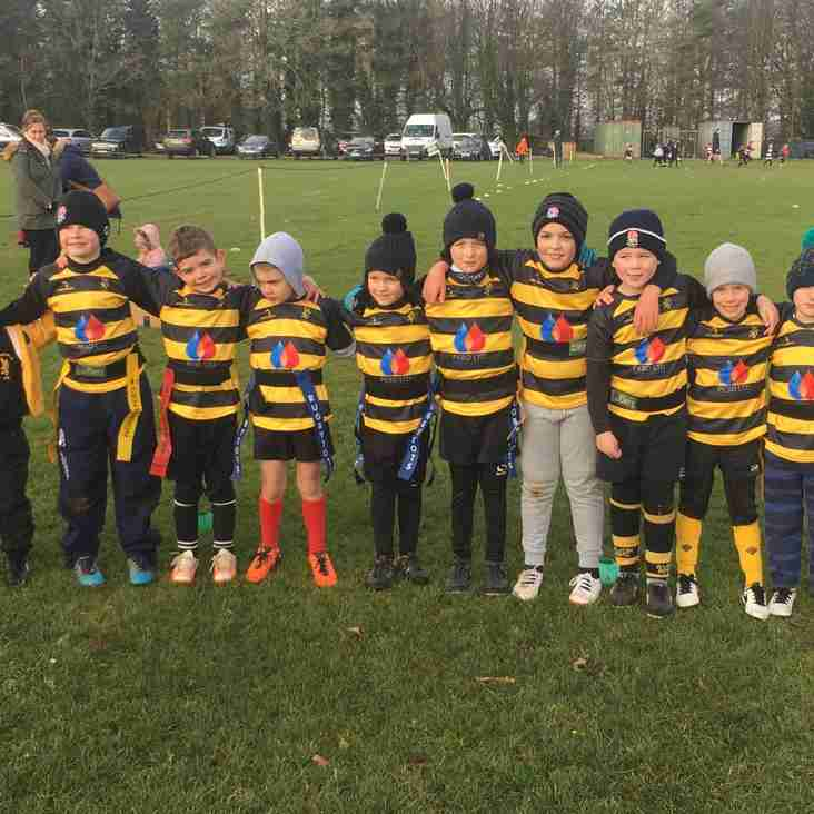 Minis Show Off New Sponsored Shirts