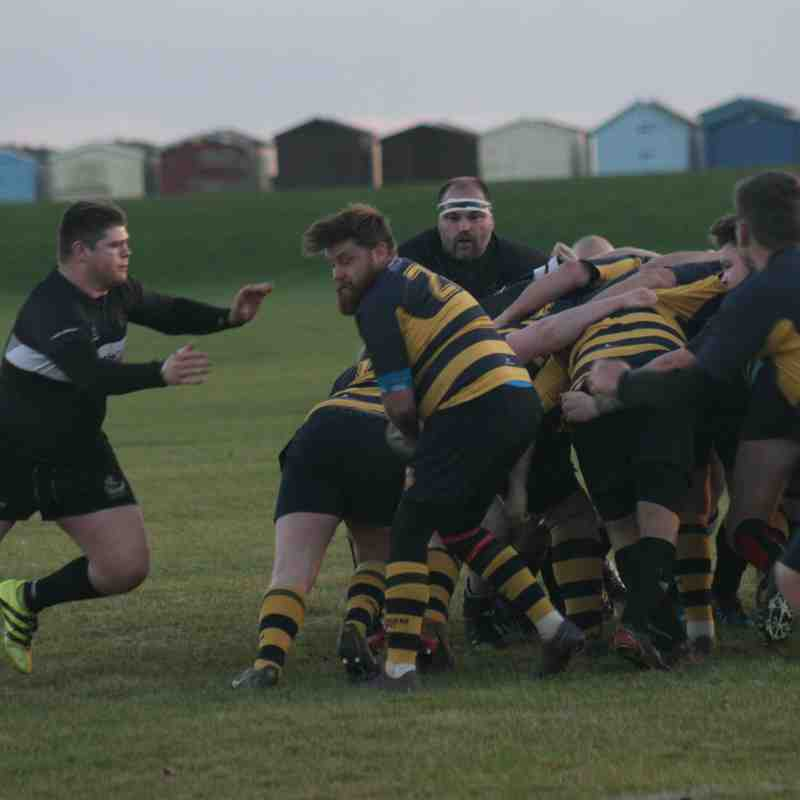 H&D vs Burnham on Crouch 251117