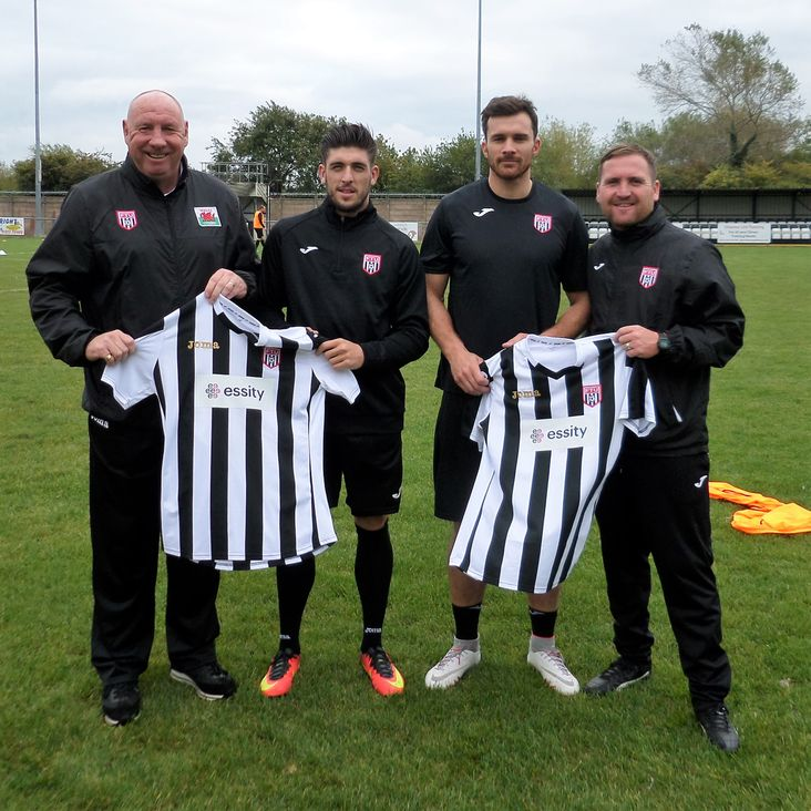 Wayne Riley becomes the latest recruit to Cae-Y-Castell<